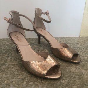 Seychelles Hazel gold metallic heel 8.5 gorgeous